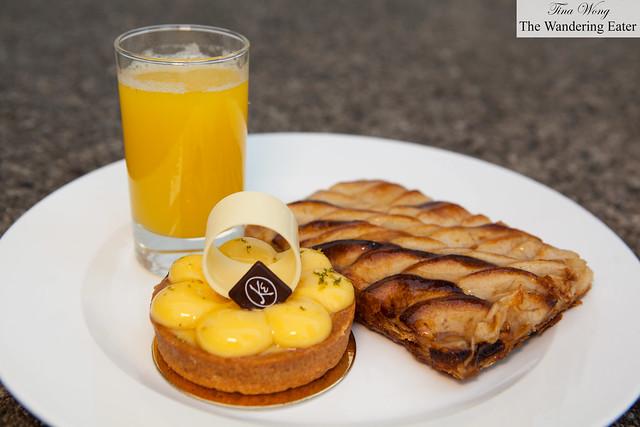 Yuzu tart, apple tart and pineapple mint juice