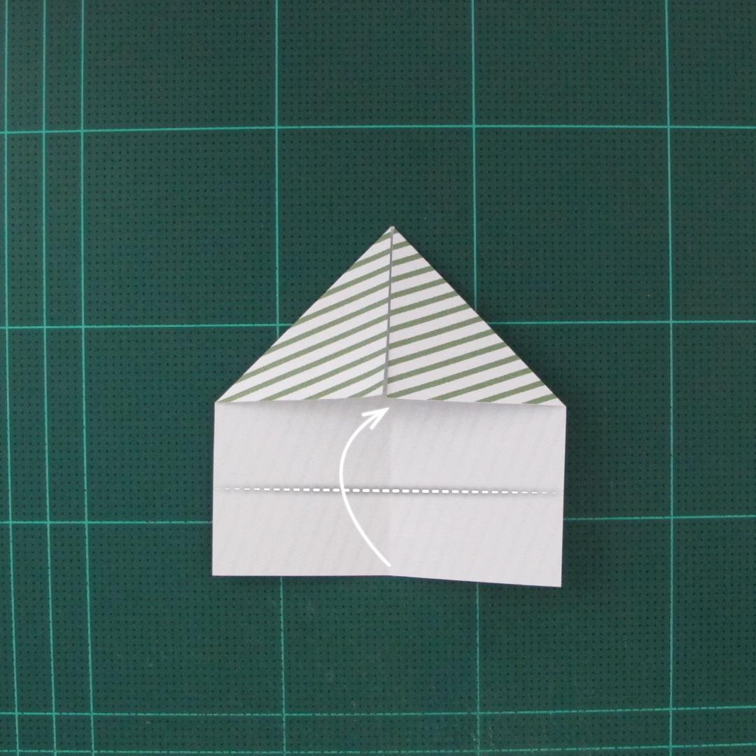 วิธีทำหรีดห้อยหน้าประตูสำหรับวันคริสต์มาส (Christmas wreath origami and papercraft) 006