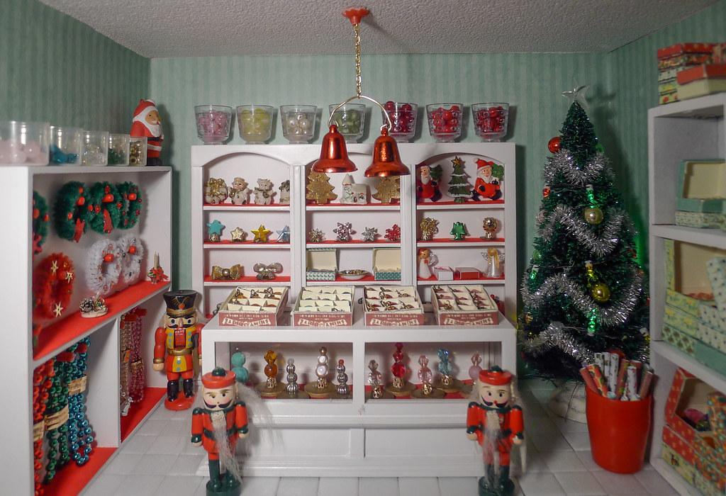 Christmas Dollhouse Miniatures.Christmas Shop Dollhouse Miniatures 1 12 Kerstwinkel Poppe