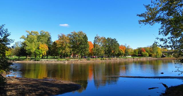 Autumn on Oak Island