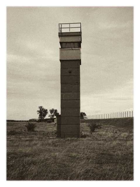 Dömitz - Deutsch-Deutsche Grenze an der Elbe Grenzturm Popelau 1991 02