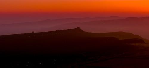 aftersunset overowlertor derbyshire higgertor layers warm peakdistrict peakdistrictnationalpark landscape panorama