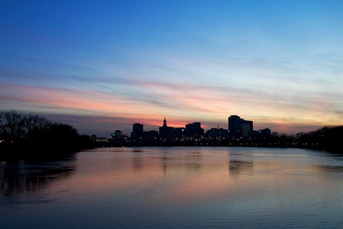 city sunset reflection silhouette skyline canon river eos connecticut ct wideangle bluehour hartford connecticutriver 70d ef1740mmf4lusm llense
