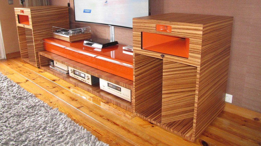 Klipsch LaScala with Critesspeakers crossover | Beautiful ve… | Flickr