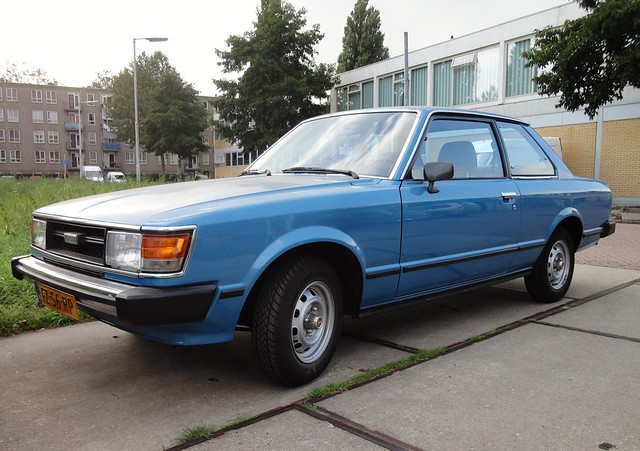 Toyota Carina TA40 1.6 Deluxe 19-5-1980 FZ-56-RP