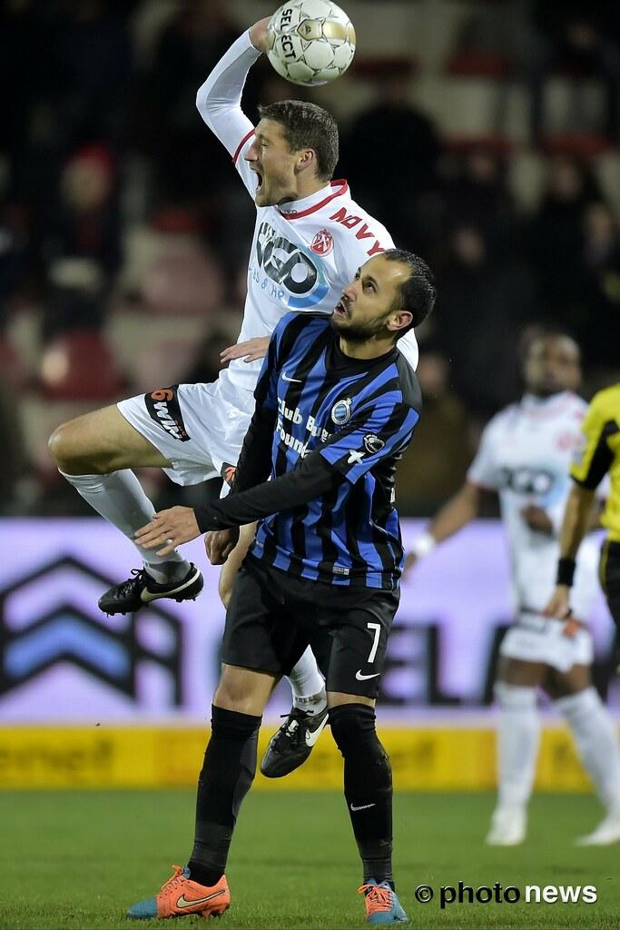 KV Kortrijk Club Brugge Victor Vazquez Of Clu Flickr