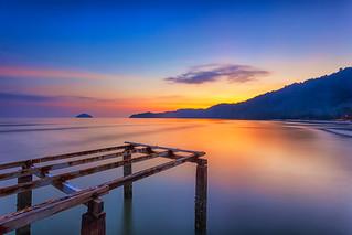 ... untouchable | Sunset | by Keris Tuah