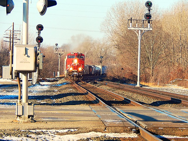 Fast moving CP eastbound at Kendallville Indiana