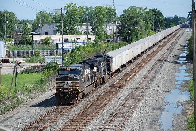 NS 9210 at Berea, OH