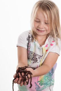 Amy loves worms by Richard Ferris | by Suffolk Wildlife Trust