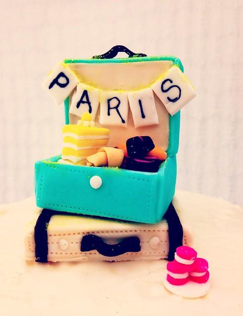 Paris picnic close up sugar topper