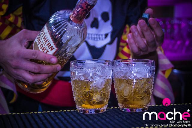 Hallowe Machè Bar