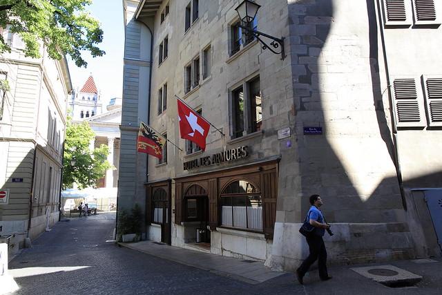 Geneva old city-Hotel les Armures-3