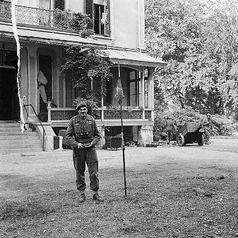 Urquhart en su cuartel general