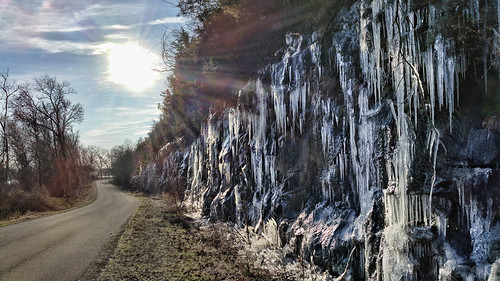 morning winter ice water sunrise waterfall january arkansas countryroad dardanelle zormsk yellcounty arkansasrivervalley