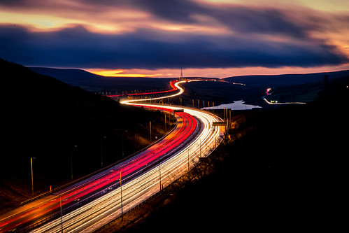road uk travel bridge winter light sunset red england white slr colors clouds digital canon dark landscape manchester lights evening highway long exposure raw traffic motorway britain 5 low tripod leeds 24 lighttrails 28 70 manfrotto lightroom scammonden m62 6d befree