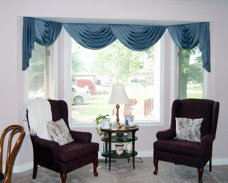 Bay Window Swag Valance