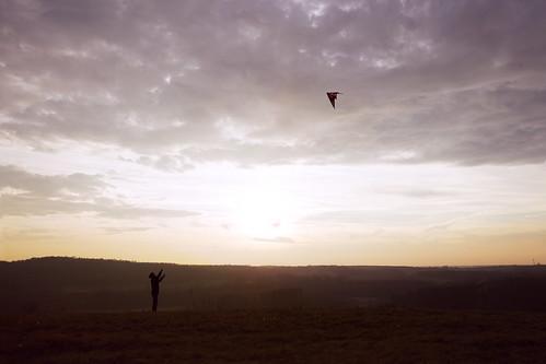 light sunset kite silhouette last canon landscape eos fly l 24 usm 105 6d