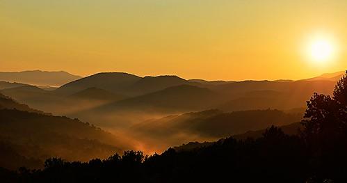sun mountain sunrise greatsmokymountains