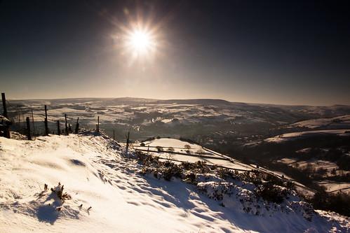 sun snow landscape frost valley westyorkshire pennines huddersfield colne slaithwaite bolstermoor dannyhow2011 danhowarthphotography
