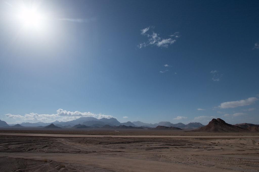 Désert entre Yazd et Kharanaq