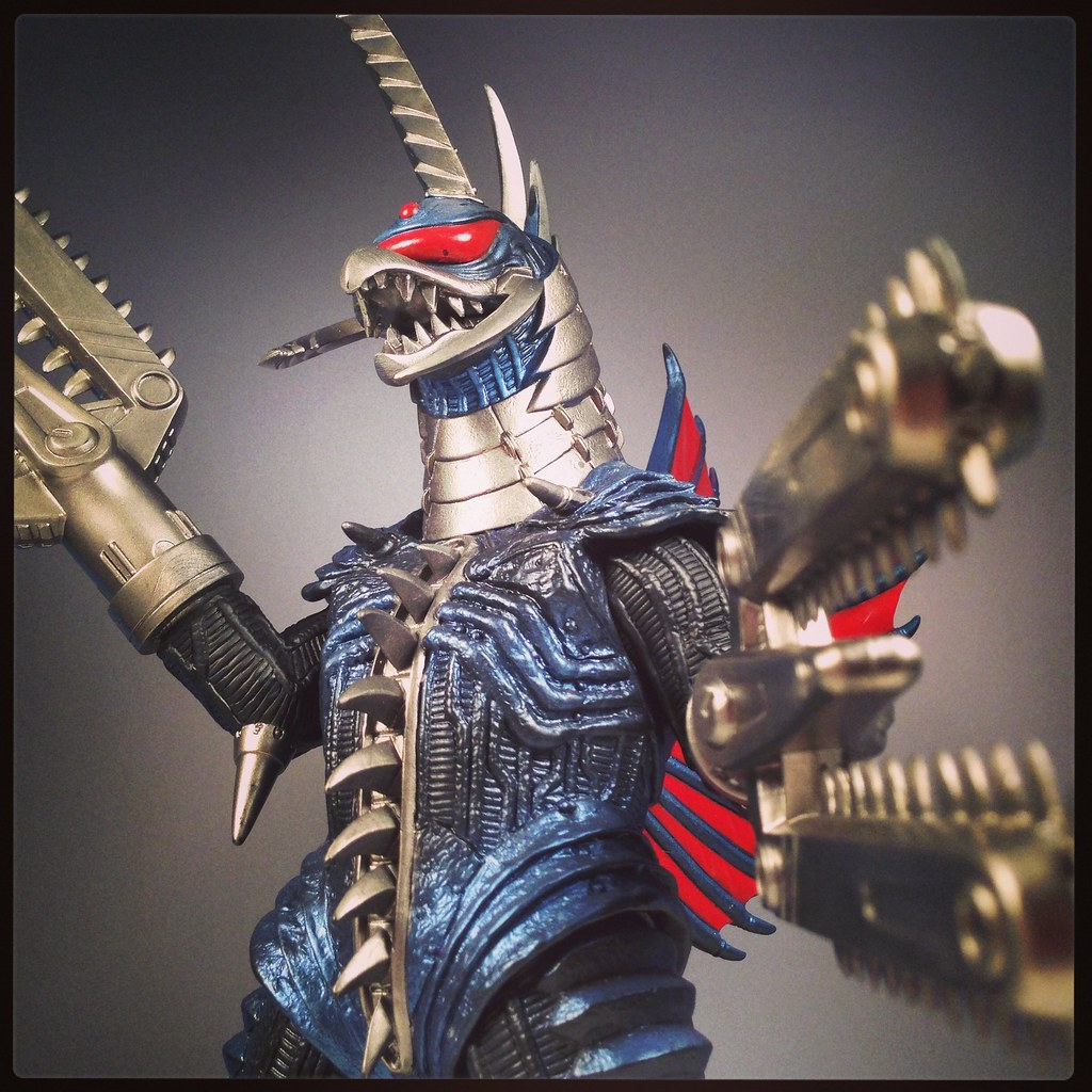 Chainsaw Gigan | Godzilla Final Wars, Bandai kaiju | Mikey ...