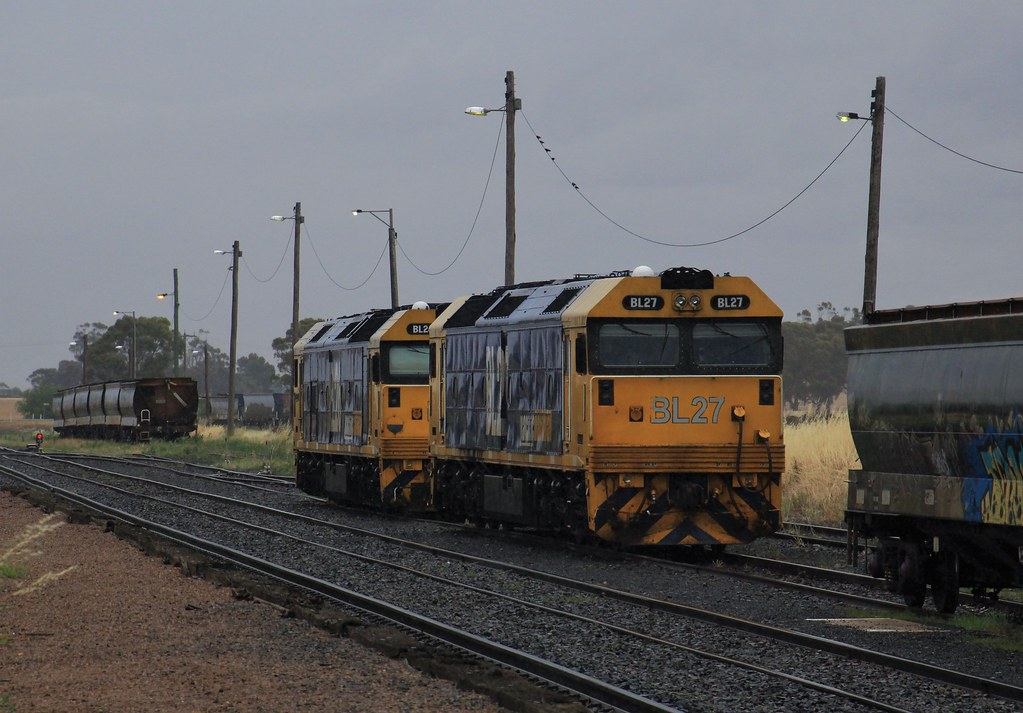 BL27 and BL26 stabled in Murtoa on a rare rainy day by bukk05