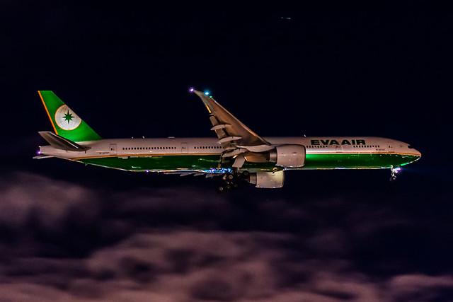 EVA 777-300ER Reg # 16707 short final Toronto in total darkness