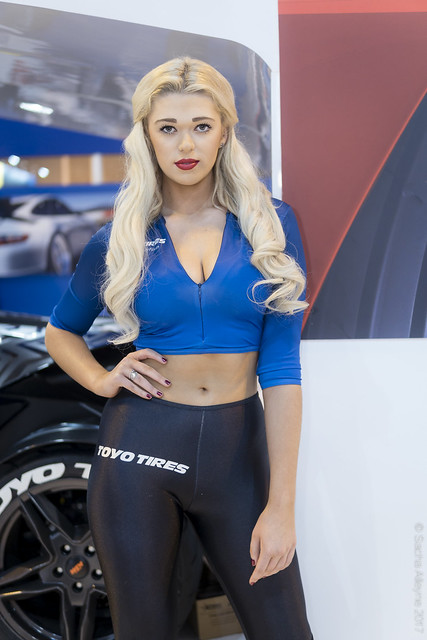 Autosport International 2017 - Toyo Tires girl