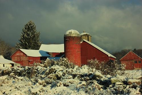 winter light architecture barn landscape landscapes globe farm barns newengland architectural farms winterlandscape winterscene wonderworld newenglandsnow
