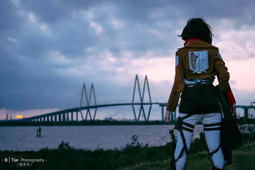 bridge sunset portrait anime marina lens 1 costume texas fuji play cosplay baytown iii flash attack x r fred pro fujifilm titan fujinon hartman f12 コスプレ mikasa ackerman xf 56mm bayland xpro1 yongnuo yn560 ミカサ・アッカーマン