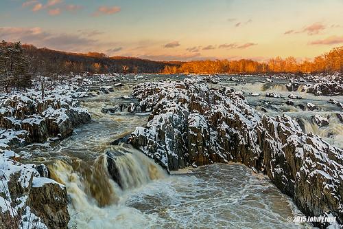 snow virginia greatfalls waterfalls potomacriver