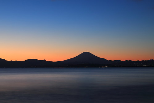 sea seascape silhouette twilight calm mtfuji bluehours