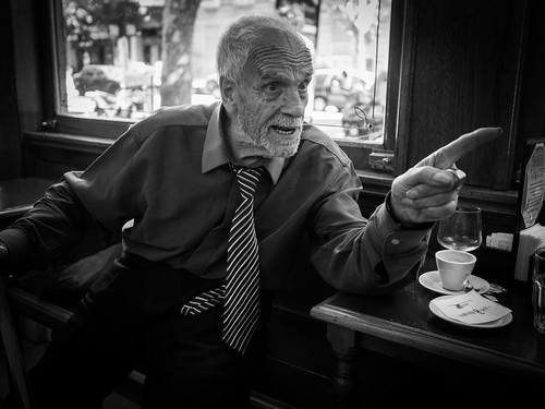 discussion | by Nicolas Alejandro Street Photography