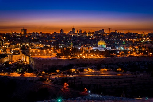 Night view of Jerusalem from Mt of Olives Israel | by Gаme of light