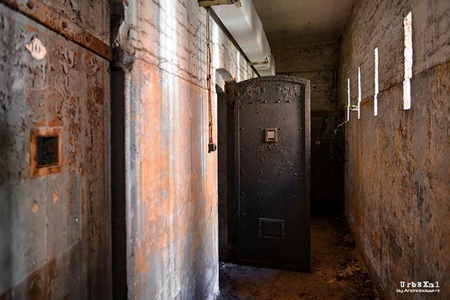 Prison 666