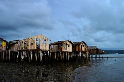 houses water asia philippines gypsies stilt iligan badjao tambacan