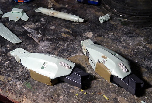 """1:100 Stonewell/Bellcom VF-1JS Super Valkyrie; """"200"""" of the U.N. Spacy SVF-124 'Moon Shooters' Fighter Squadron; Lunar 'Apollo' Base, 2012 (ARII kit conversion) - WiP   by dizzyfugu"""