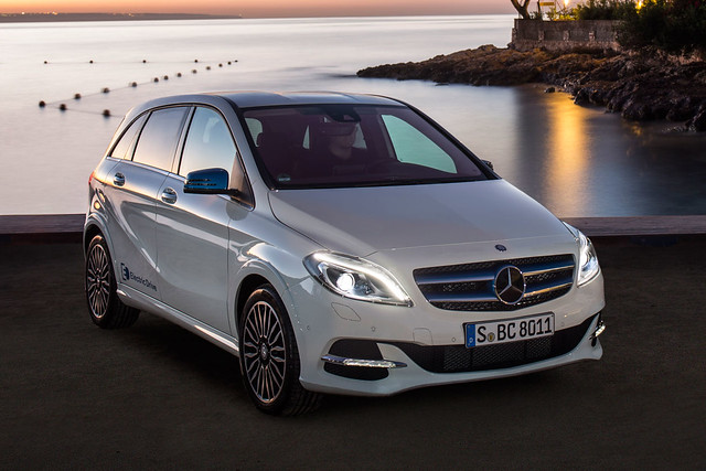 Zero emissions, practically: Mercedes-Benz B-Class Electric Drive opens for ordering