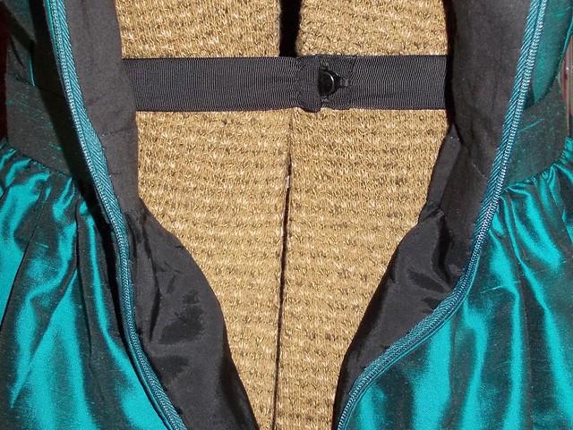silk Cambie waist stay