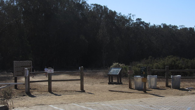 IMG_6267 Sperling preserve entrance from parking lot