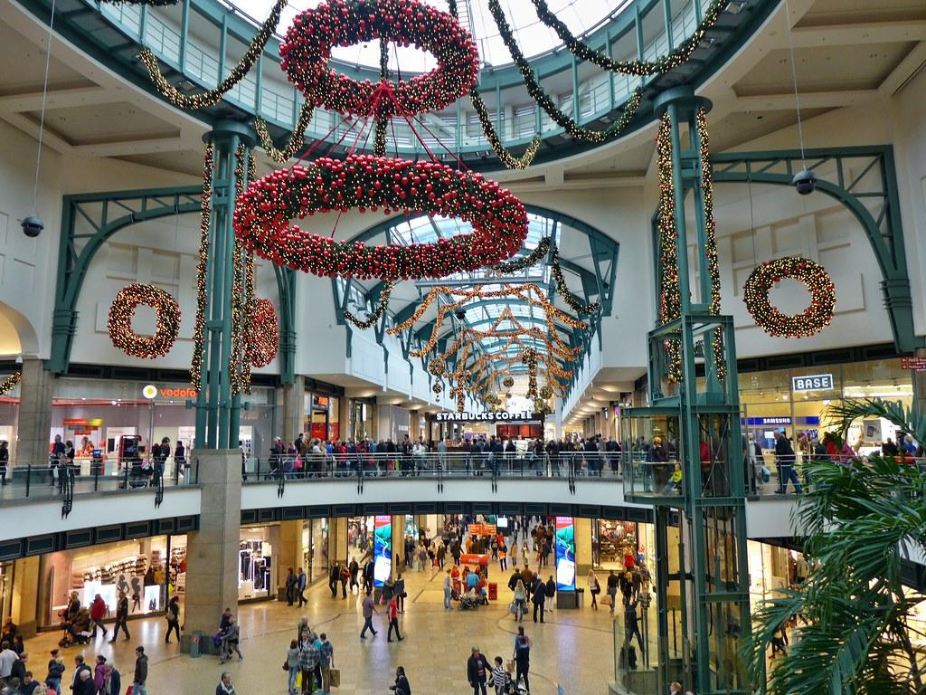 Primark Weihnachtsdeko.Weihnachtsdeko Im Centro Oberhausen Christine Flickr
