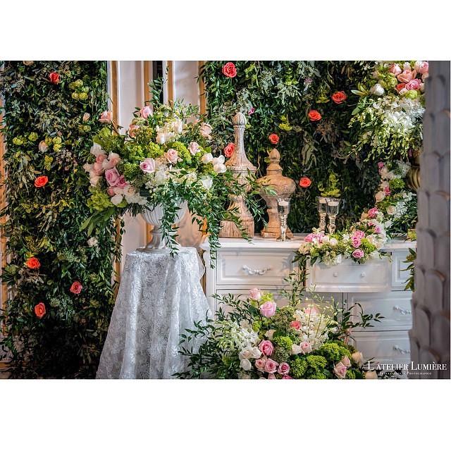 Romantic Garden Wedding Theme: A Glimpse Of Romantic Enchanted Garden Wedding Theme Displ