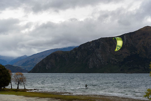 autumn trees newzealand sky people mountains clouds wind autumncolours southisland centralotago windsurfing windsurfer lakewanaka tripdownsouth