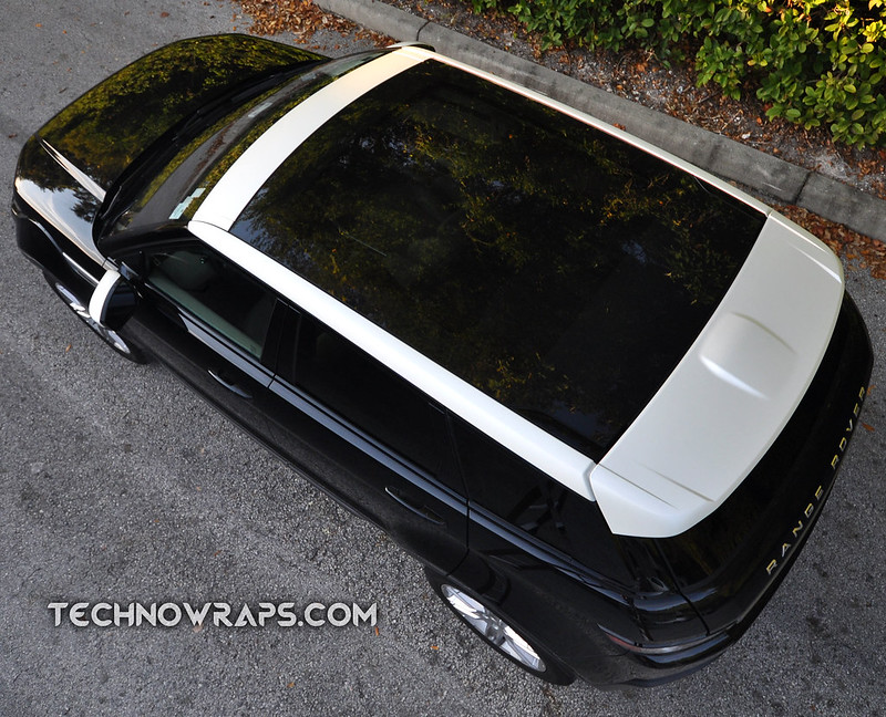 Pearlescent white satin roof wrap in Orlando