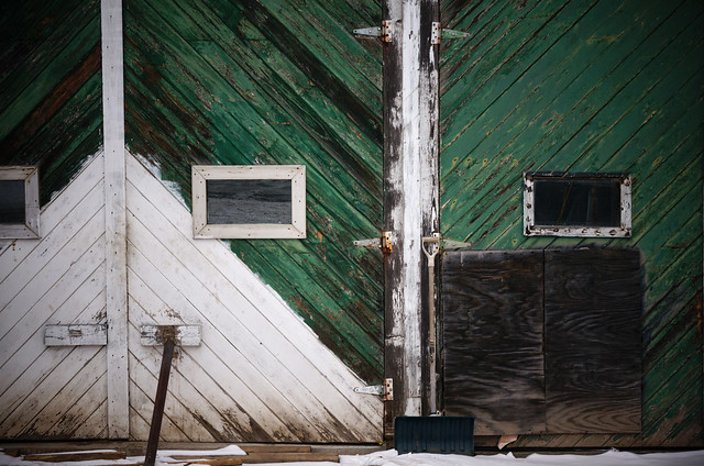 green doors and shovel