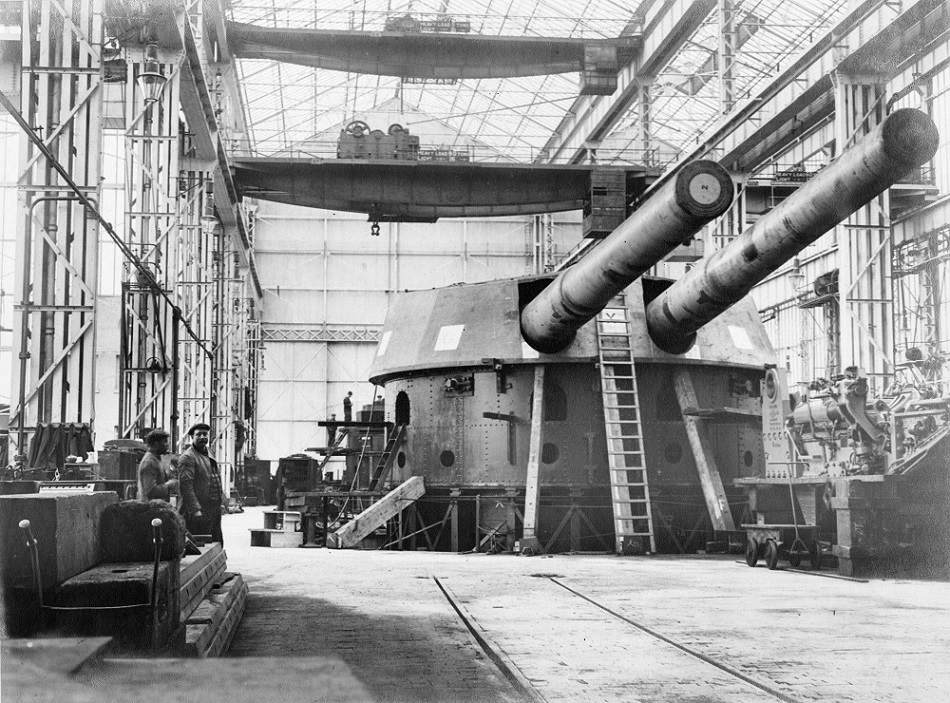 Naval gun mounting at the Elswick Works