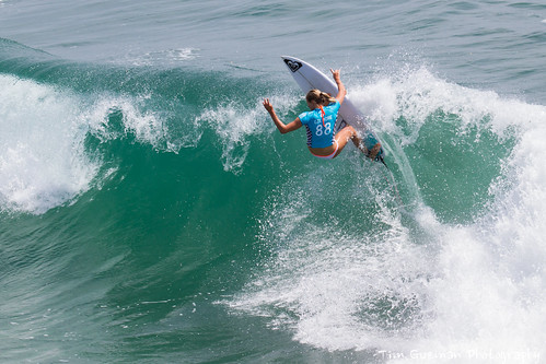 Stephanie Gilmore at Vans U.S Open of surfing | by TimGuzmanPhotography