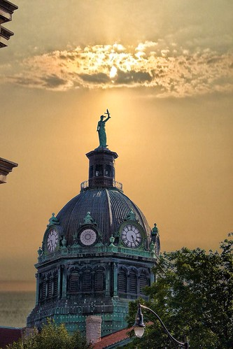 street travel sunset sea sky seagulls house ny newyork macro building classic clock st statue architecture clouds canon court river lens rebel golden site district g gulls sigma architect dome historical courthouse neo perry attraction sl1 binghamton revival nrhp i 18250mm onasill bromecounty
