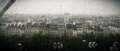 urban paris france rain weather droplets nikon sigma raindrops 1020mm pompidou sigma1020mm d5100 nikond5100